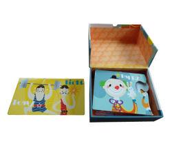 선물 상자와 함께 퍼즐 맞추기 교육
