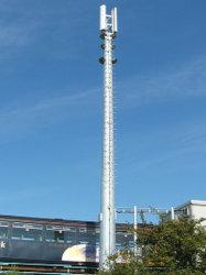Una sola señal de radio de tubo galvanizado Tower