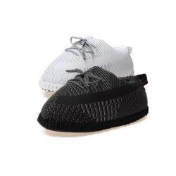 새로운 겨울 흑색과 화이트 예지 스니커즈 플러시 슬리퍼 빵 스카이 스타 리플렉티브 커플 주비 신발