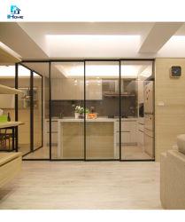 Hermoso color corrediza de vidrio templado /el apilamiento de puerta en la cocina