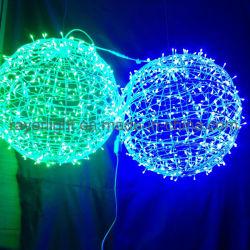 Décoration de la rue du Nouvel An de plein air la pendaison Boule de Noël Motif lumière