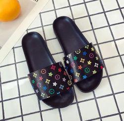 Damen Mode Hausschuhe Casual Slides Non-Rutsch-Design Weiche Schuhe Atmungsaktiv Strandsandalen