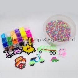 La artesanía y arte haciendo que el color del cordón de hierro juguete para niños