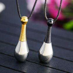 流行の人および女性の香水のびんのペンダントは注入できる パフュームネックレスに