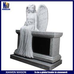 벤치를 가진 흐느껴 우는 천사 묘지 화강암 기념물