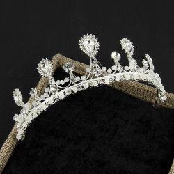 Luxe Tiaras nouvelle mariée bijoux personnalisés en alliage d'ornements de cheveux de la Couronne