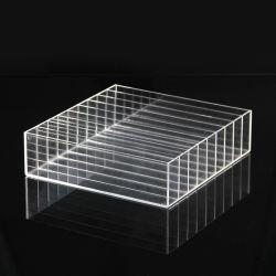 工場卸し売り明確なルーサイトのプラスチックアクリルの構成のパレットの表示9スロットはのための圧粉アイシャドウの構成の虚栄心の赤面する