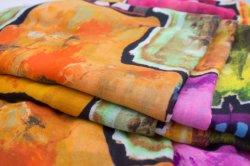 Le design de mode d'Écharpe d'impression personnalisée pour la femme en tissu