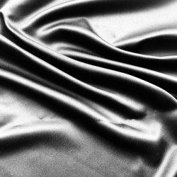 호화스러운 형식 가짜 실크 공단 검정 직물 홈 직물 침구 의복