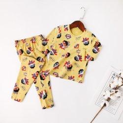 La fábrica de proveedor fabricante personalizado a los niños Niños 100% algodón suave de microfibra impreso Inicio vestir trajes de noche ropa de bebé caliente