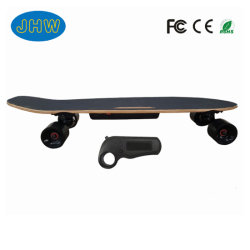 Venda a quente Quatro Rodas de skate elétrico com controle remoto