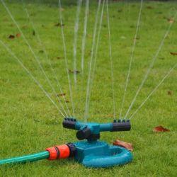 최고 자동적인 3개의 팔 자전 물 잔디밭 스프링클러 꼭지
