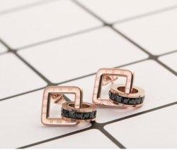 Monili Hypoallergenic geometrici dell'orecchino del quadrato d'acciaio di titanio di lusso degli orecchini di modo