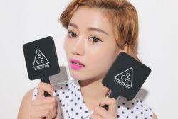 9*15.5cm de tamaño pequeño cuadrado de plástico de espejo de mano Logo Personalizados impresión UV Mini espejo de mano maquillaje cosmético