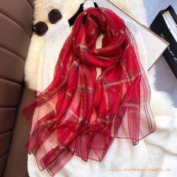 2020 Nieuwe Manier Gecontroleerde Zijde; De gemengde Sjaal van het Temperament van de Vrouwen van de Sjaal Gouden en Zilveren
