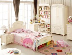 2012년 아름답고 고운 디자인, 나무 침대가 있음(07011)