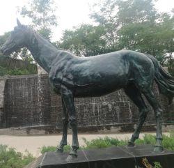 Les fabricants OEM en marbre/bronze/laiton/cuivre statue de Cheval Sculptures de jardin