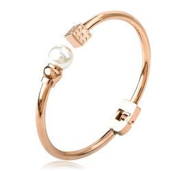 El encanto de moda Joyas de acero inoxidable puño abierto Pearl Bracelet Bangle
