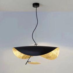 Decoración moderna en el interior de la mariposa de metal negro LED lámpara colgante colgante