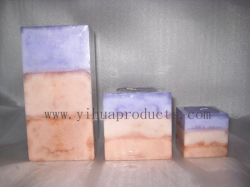 Forme carrée pilier bougie avec flocon de neige et de la couche d'effet