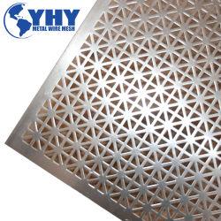 0,7 mm en aluminium perforé feuille de métal pour la décoration