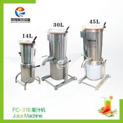 Fruto de la batidora el jugo vegetal que hace la máquina