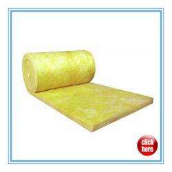 El aislamiento térmico de lana de fibra de vidrio o lana de vidrio para tejados