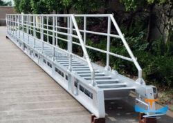 Il fante di marina di alluminio ritrattabile del metallo dell'acciaio inossidabile spedice la biscaglina della via di accesso principale della barca da vendere