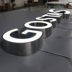 손질 모자를 가진 최신 판매 관례 LED에 의하여 점화되는 편지 표시