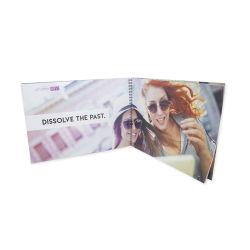 Druk de van uitstekende kwaliteit van de Brochure van de Catalogus van het Boekje van Lookbook van het Kledingstuk