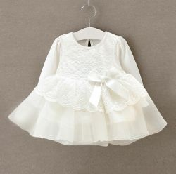 Vestito del bello del merletto dalla neonata capretto bianco del vestito, usura del bambino