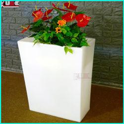 LED 웨딩 가구와 LED가 있는 플라스틱 꽃병