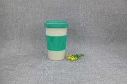 De milieuvriendelijke Natuurlijke Kop van de Koffie van de Vezel van het Bamboe met het Deksel van de Vezel van het Bamboe en de Koker van het Silicone