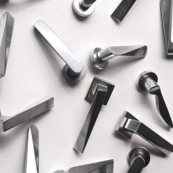 Le moulage en acier inoxydable d'investissement personnalisé / leviers de porte en aluminium