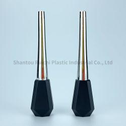 Un carré de l'emballage en plastique cosmétique016 Mascara/Eyeliner/Lipgloss bouteille