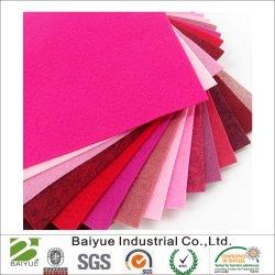 De Polyester of Gekleurd de Wol van 100% die voor het Gebruiken Handcrafted wordt gevoeld