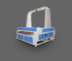 CO2 double tête de caméra CCD d'alimentation automatique de la table de découpe et de gravure laser de la machine pour le chiffon de tissu cuir feutre de laine