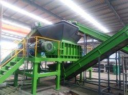 ゴム製粉を作り出すために機械をリサイクルするタイヤのシュレッダーの無駄のタイヤ