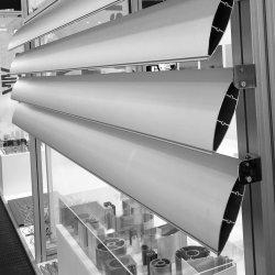 La construcción de material de encofrado vertical de la ventana de aluminio extruido Louvre Perfil Hoja de bastidor del techo del Louvre