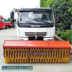 주문을 받아서 만들어진 4*2 6000L 눈 제거제 장비 롤러 솔 도로 스위퍼 트럭