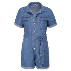 Reizvolle Denim-Overall-feste kurze Hülsen-Spielanzug-Kurzschlüsse Clubwear der Frauen mit Denim-Bogen-Knoten-Riemen Esg13547