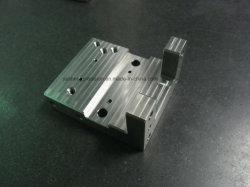 SKD11 Traitement thermique Le traitement des métaux de précision les pièces du moule à canaux chauds