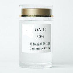 Het Oxyde van Lauramine, CAS 1643-20-5, Reeks 30%-35% van het Oxyde van de Amine