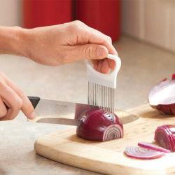 ステンレス鋼のタマネギのカッターのホールダーのポテトのトマトのスライサーのツールを調理する野菜フルーツのカッターの安全
