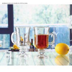 Des Tasses à café de gros d'usine de verre avec conception différente