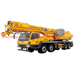 رافعة شاحنة Liugong بقدرة 30 طنًا متريًا 4 مقاطع Tc300A بارتفاع رفع 34 م