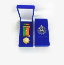 Logotipo personalizado profesional Premium cuero pu medalla redonda Caja de monedas insignia de la caja de verificación