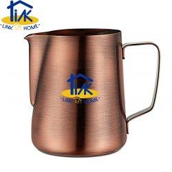 술장수 청동색 우유 커피 Latte 예술 Barista 투수 주전자 컵