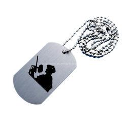 Diseño de moda de aleación de zinc de metal personalizados pintados de color Dog Tag multifuncional con la larga cadena de metal personalizados Xvideos plástico Grabado Grabado Dog Tag (36)