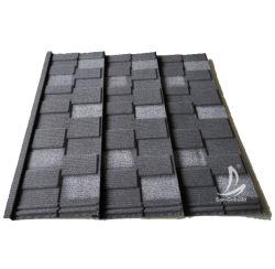 Carreaux colorés de la pierre naturelle de copeaux de métal recouvert de feuilles de toiture